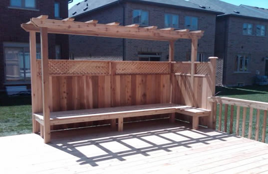 09 - Cedar bench, trellis, privacy screen.jpg